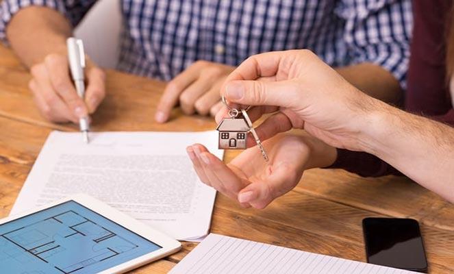 Продажа квартиры с прописанным человеком