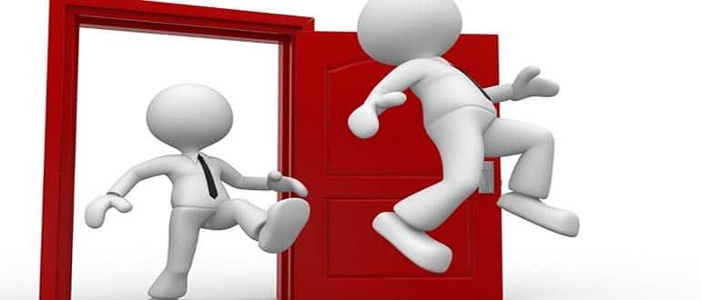 Обзор процедуры выселения из квартиры прописанного человека не собственника